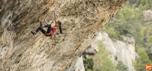 too short-Embrace-Being-a-Short-Rock-Climber