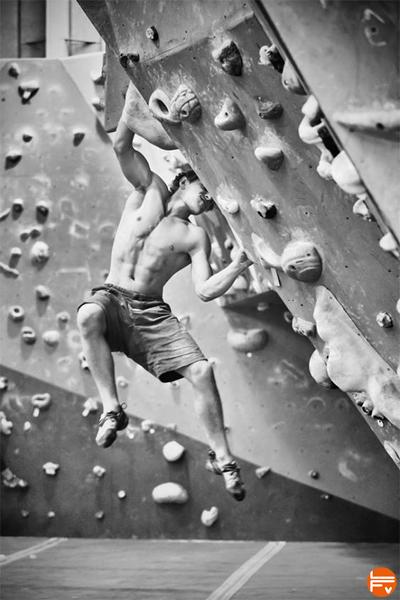 bouldering try hard