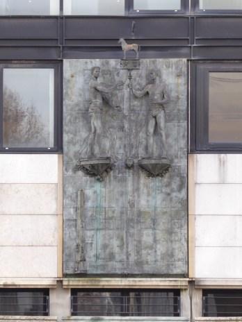 Bas-relief d'Ivan Theimer (Fiszer)