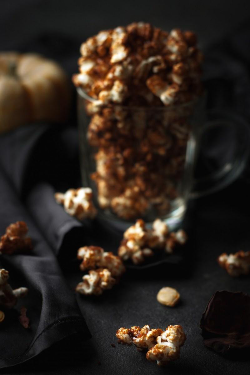 Pop corn au caramel de potimarron {vegan, sans gluten, IG bas} | www.lafaimestproche.com