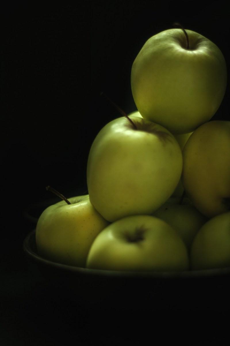 Pommes, tarte tatin {vegan, sans gluten, IG bas} | www.lafaimestproche.com