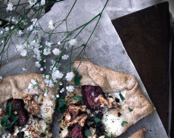 Tarte crème de poivrons rôtis, courgettes, chèvre et figues {végétarien, IG bas}