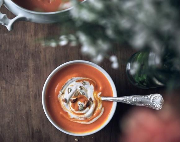 Velouté courge musquée, carottes et crème d'amandes {vegan, végétarien, sans gluten}