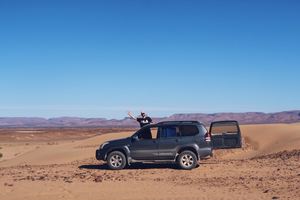 Voyage au Maroc Desert Sahara Erg Chegaga excursion en 4x4