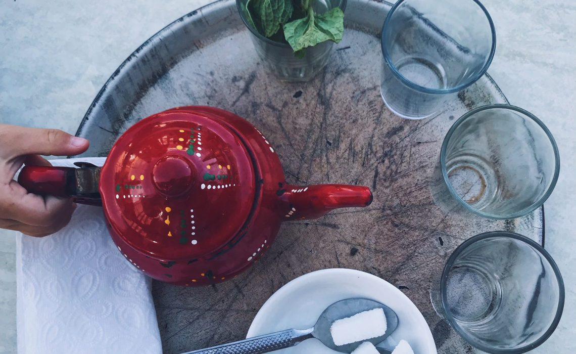 Voyage au Maroc Desert Sahara Erg Chegaga Mhamid café le petit prince thé à la menthe
