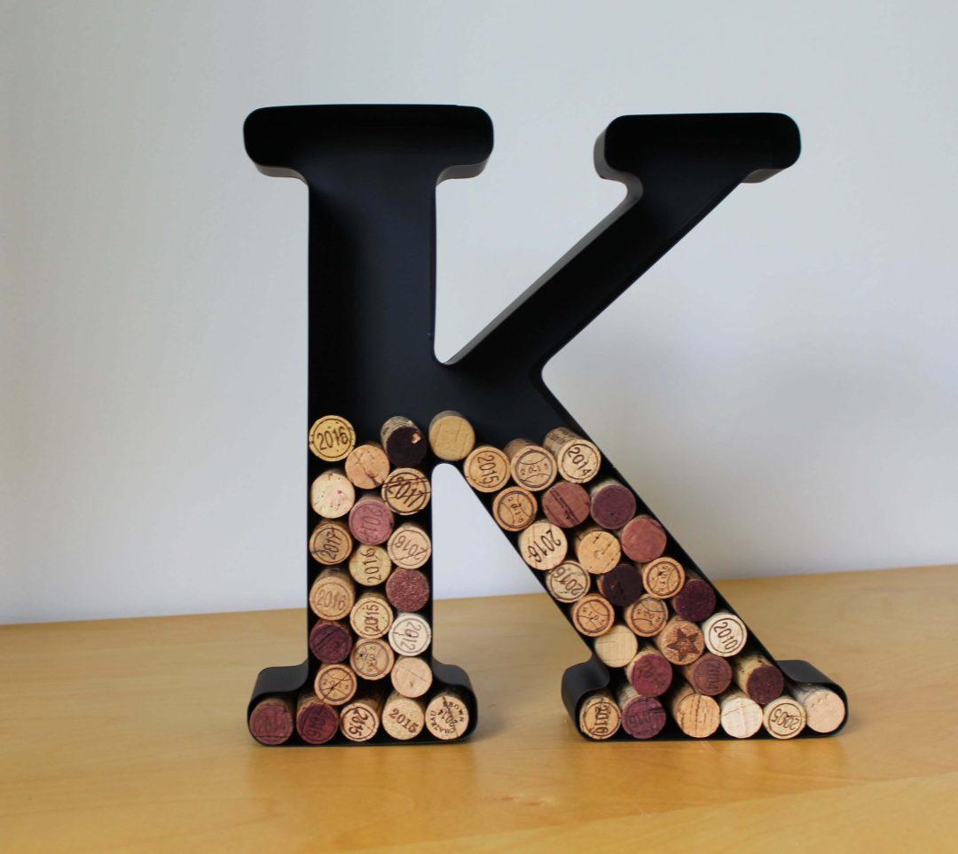 Lettre K porte bouchons