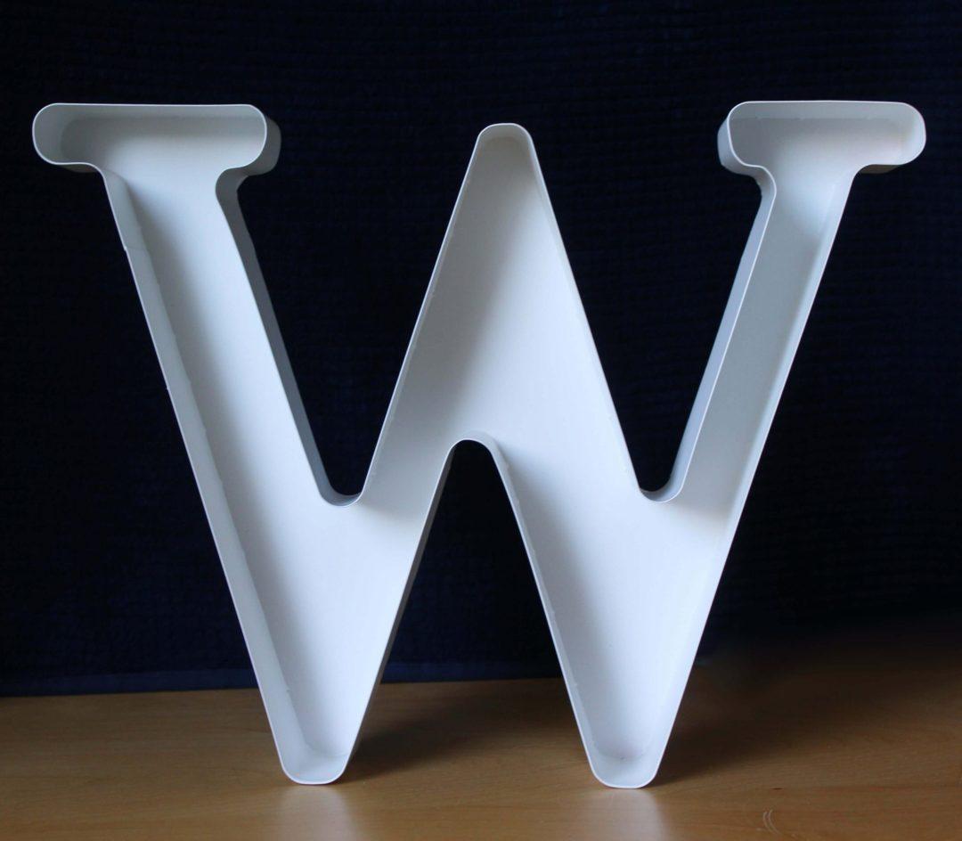 Lettre W déco blanc