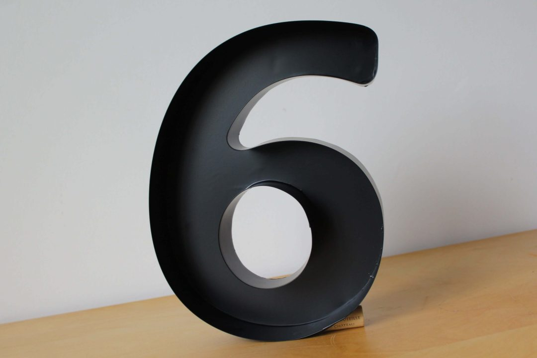 Chiffre six décoration