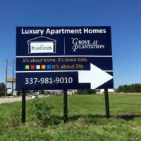 Planation-apartments-sign