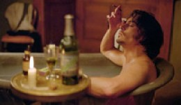 Johnny Depp in bath, La Fée Verte
