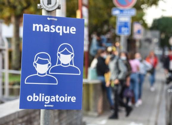 Port du masque obligatoire à proximité des écoles, gares…