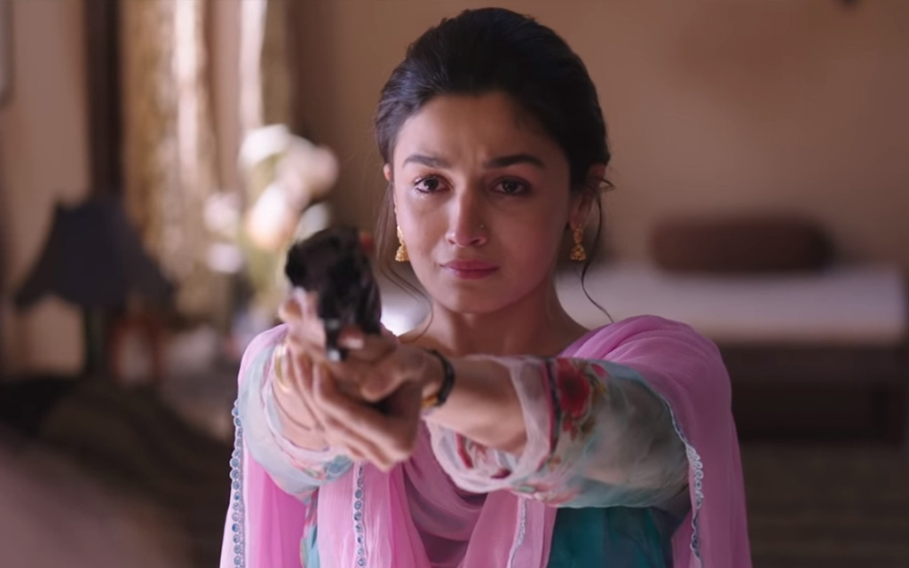 Raazi review Playing I-spy Laffaz