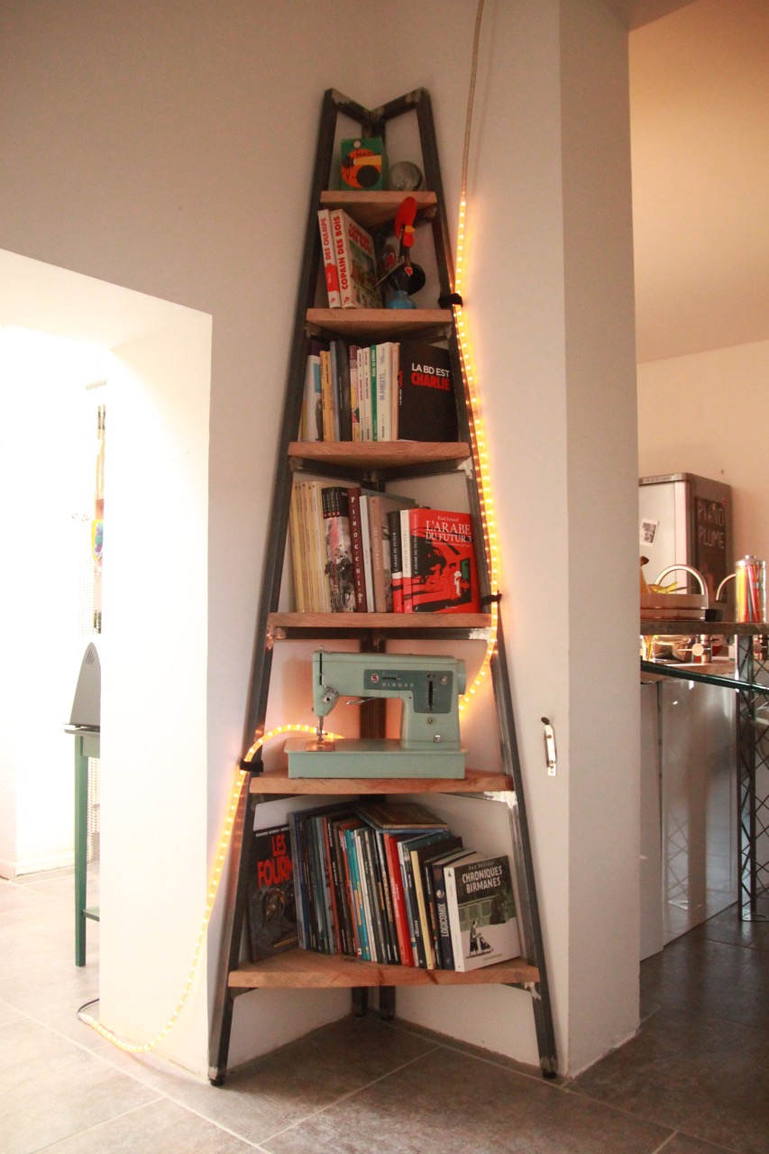 etagere d angle 1 lafourmy