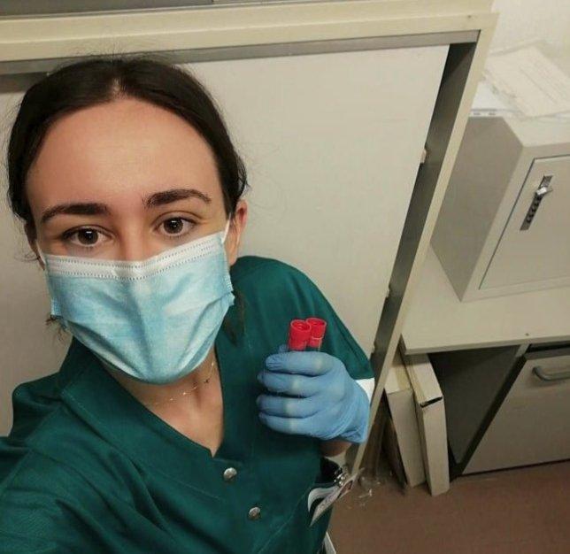 Foto di Ghydes Dattilo, volontaria de L'Africa Chiama, TSLB (Tecnico Sanitari di Laboratorio Biomedico)
