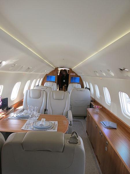 File:Embraer Legacy 650 interior of forward cabin.JPG
