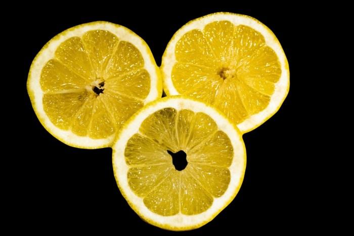 C:\Users\Zubair\Downloads\lemon-5102105_1920.jpg