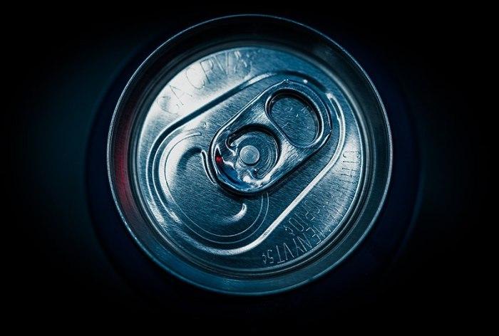 File:12-ounce Aluminum Soda Can (32569592188).jpg