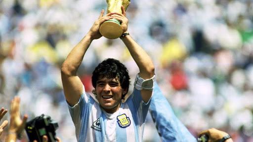 Maradona-ha-muerto-según-Clarín