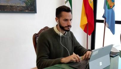Mario Fernández en teleconferencia Colegio de Veterinarios