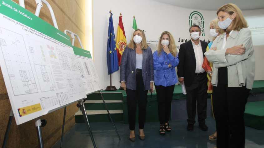 Consejera Matadero Cádiz (2)