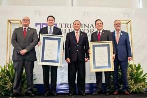 Nito Cortizo recibe las credenciales que le reconocen como el nuevo Presidente