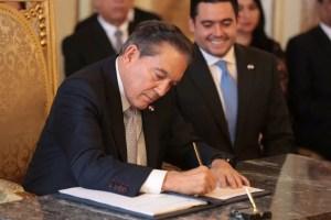 Presidente Cortizo sanciona la Ley que crea régimen de Asociación Público Privadas