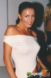 FICEB 2002 - Laura Angel