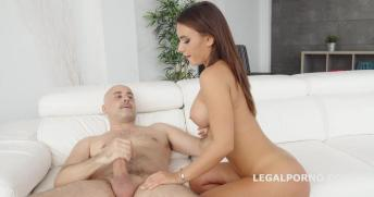 legal-porno-robin-reid-09