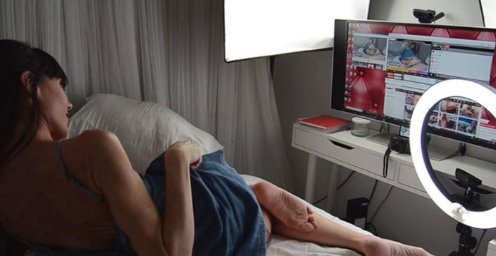 Sofia Star es webcammer, aquí retransmitiendo en Cam4