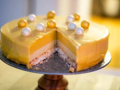 Glutenfri moussetårta med mango och vitchoklad