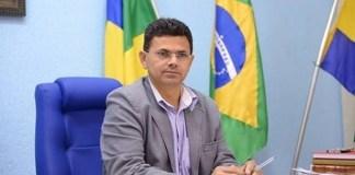 """O prefeito de Itabaiana, """"Valmir de Francisquinho"""""""