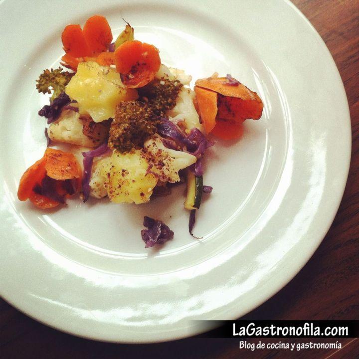 verduras-salteadas-mantequilla-de-ajo-almendras-troceadas-y-cacao-amargo.jpg