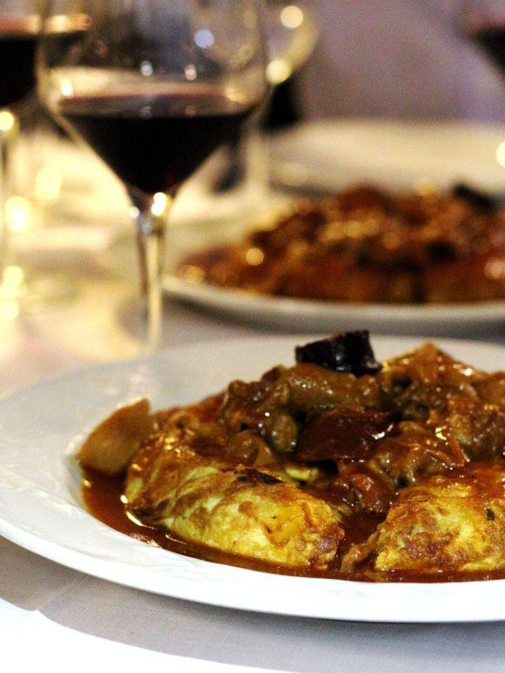 Tortilla-con-Callos-Vino-Tinto-Tejas-Verdes-2-San-Sebastian-de-los-Reyes