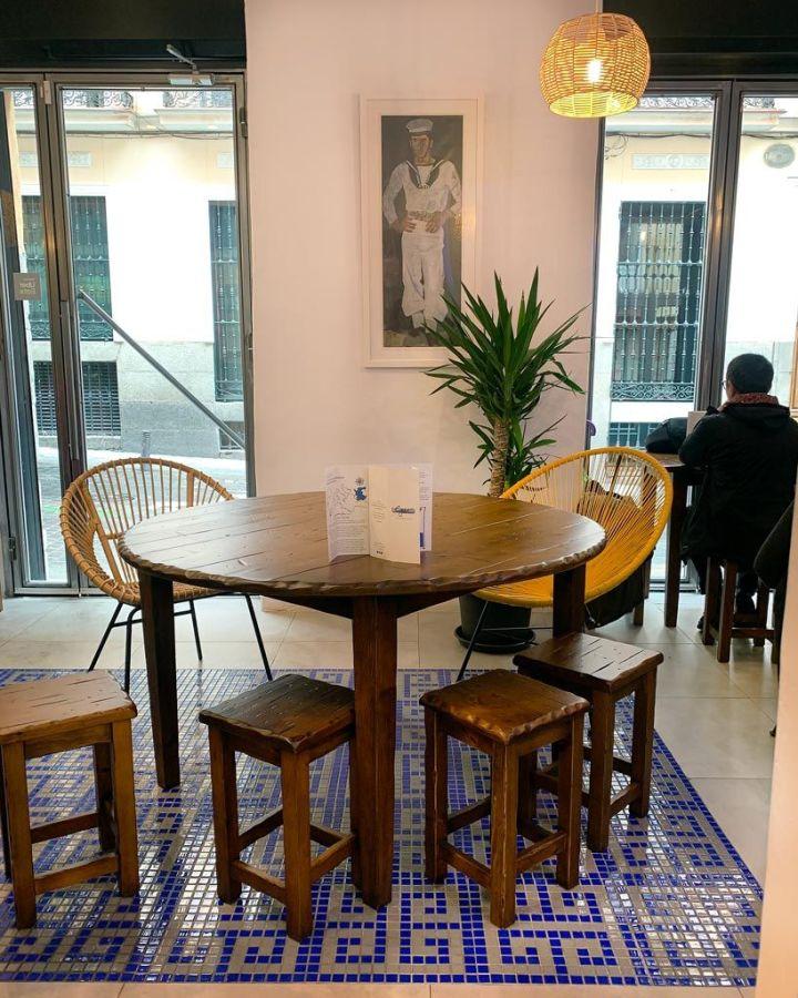 Local---Egeo-Suvlakeria-Griega-Restaurante-Madrid