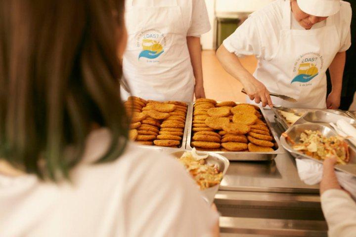 Comida del Comedor Social María Inmaculada en el Día de la Alimentación Solidaria