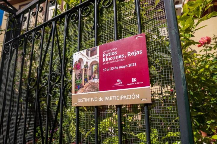 Distintivo de participación en el concurso de patios, rincones y rejas de la provincia de Córdoba