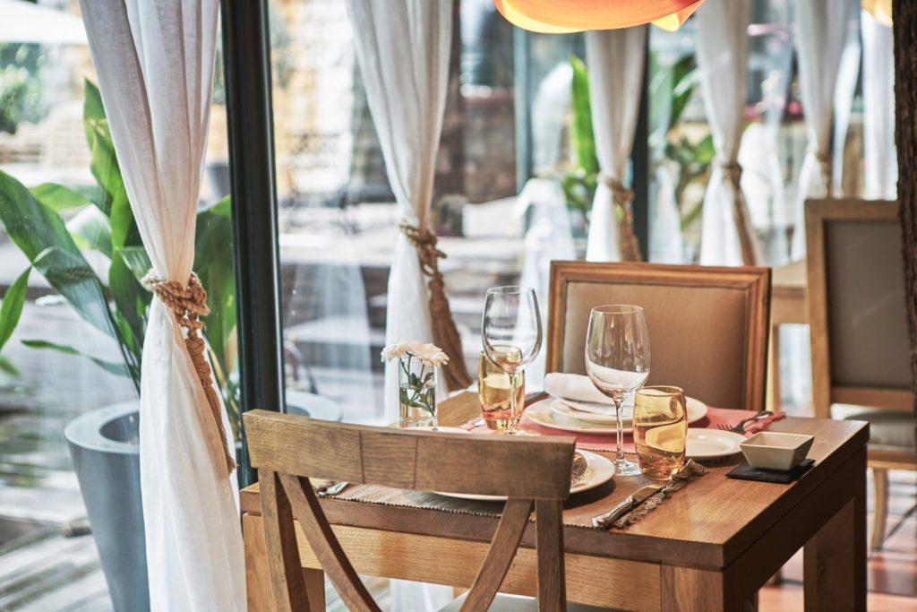 Salón jardín Warehouse, restaurantes románticos
