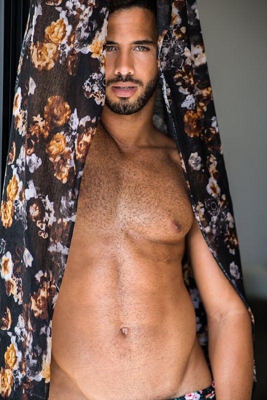 Ramon-Jorge-Male-Beauty-Viny-Soares-Burbujas-De-Deseo-010