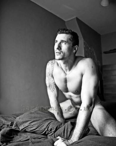 beaux-gosses-gay-clubjimmy-060817-00