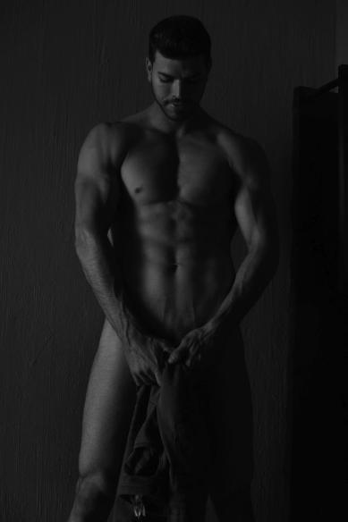 Beaugosse-gay-Rigoberto-Chavez-clubjimmy-06