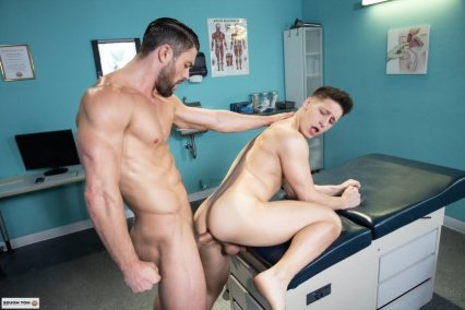 video-gay-docteur-coquin110070_10