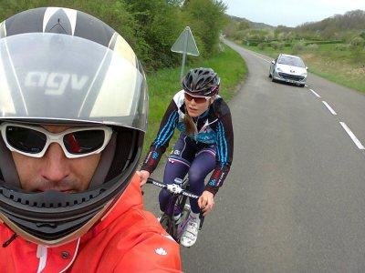 Séance de derrière scooter pour Soline Lamboley