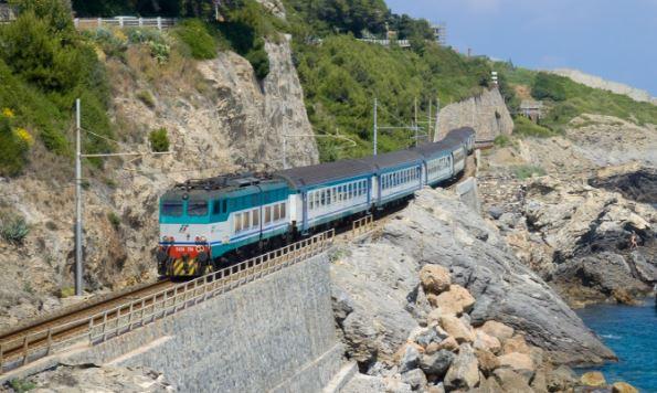 orari ferroviari liguri estate 2016