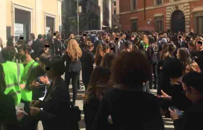 falso allarme bomba alla rinascente roma