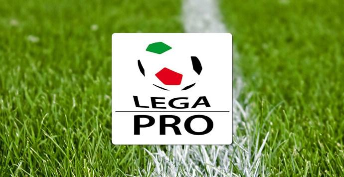 Sospensione definitiva del torneo, quattro promozioni ,tre dirette ed una attraverso sorteggio. Questa la proposta della Lega Pro