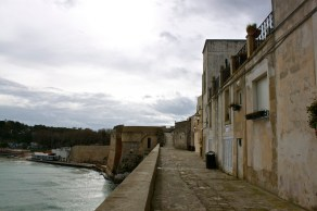 THE CASTLE OF OTRANTO TRIVIA 2...WHERE IS OTRANTO?...TWO TOURS OF MODERN DAY OTRANTO TOWN!