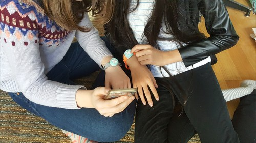High-tech friendship bracelets