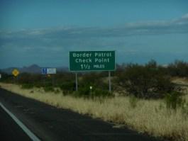 united_states_border_patrol_check_point_sign_military_ins_interstate_19_arizona-905055.jpg!s