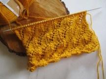 Un mouvement de vague au tricot