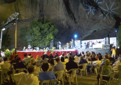 01-Il parco della grotta